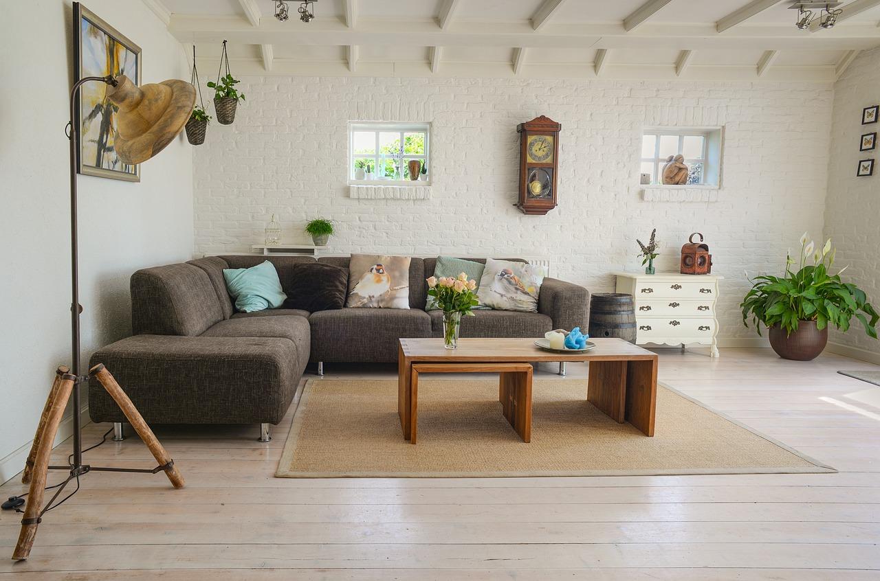 Nystädat vardagsrum av en städfirma i Stockholm